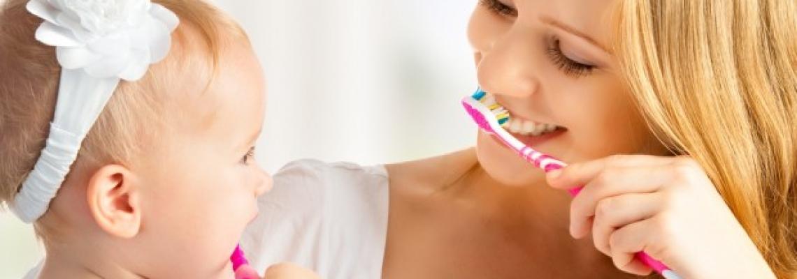 Dişlərimizi Necə Fırçalamalıyıq?